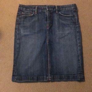Knee length stretch denim skirt
